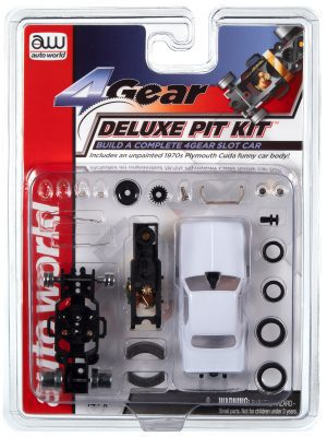 AUTO WORLD 4 GEAR DELUXE PIT KIT (W/PLYMOUTH FUNNY CAR BODY) HO SCALE SLOT CAR